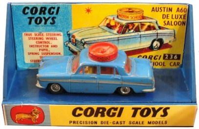 31 Corgi Display Austin A 60