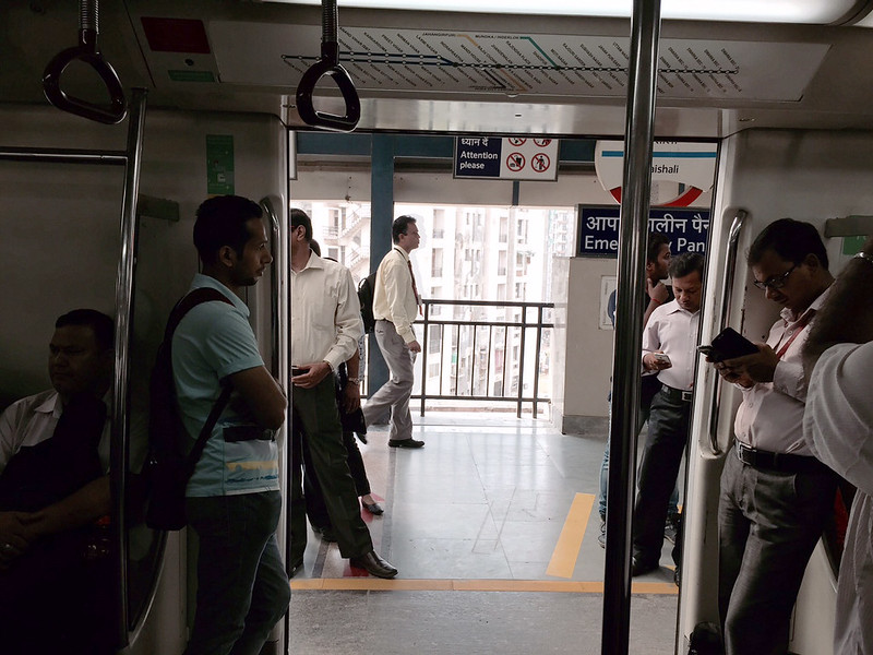 Metro Observed – Inside the Coaches-2, Delhi Subway