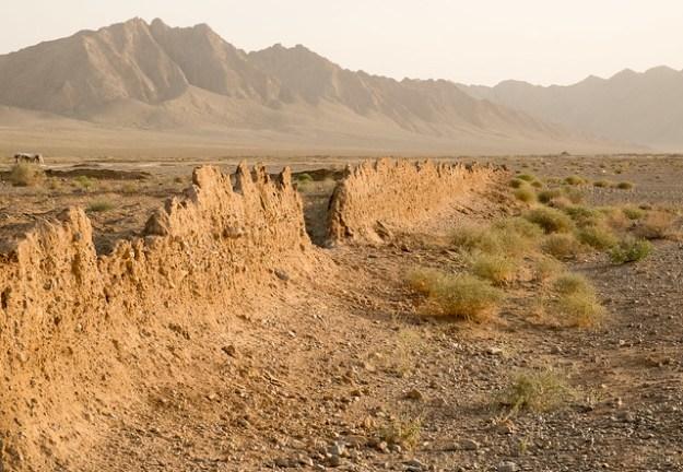 Desert near Zein-od-Din Caravanserai