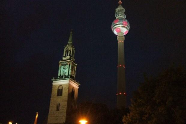 Fernsehturm in Alexanderplatz