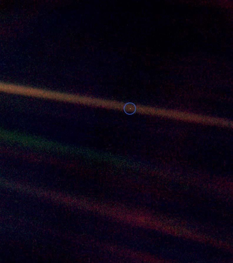 Otra perspectiva de la foto más espectacular de la Tierra: a 6.000 millones de km