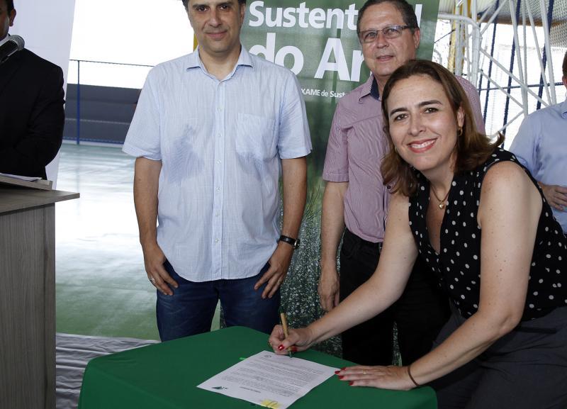 Klabin entrega obras sociais nos bairros Emboguaçu e Vila do Povo 2