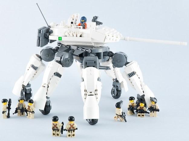 Lynx Tank LEGO Mladen Pejic