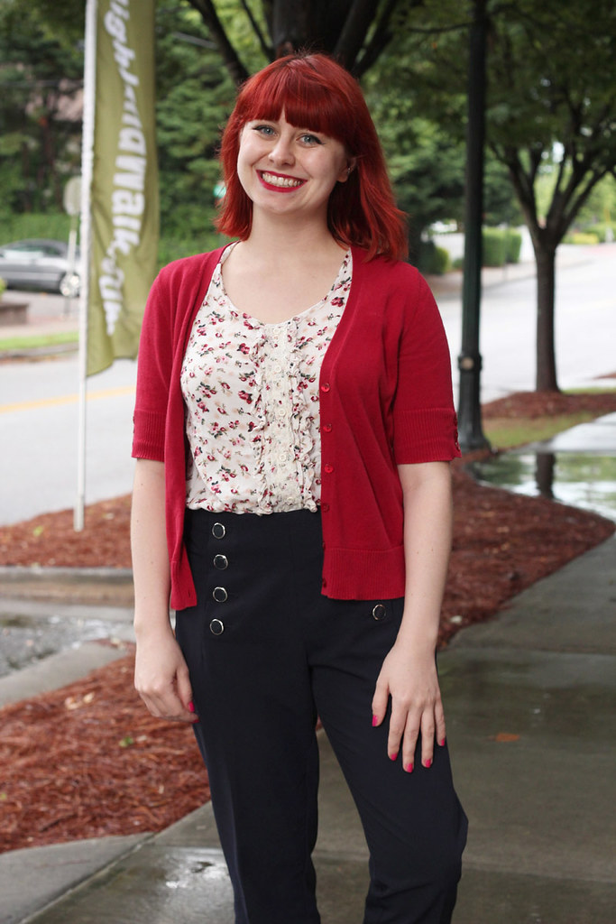 Work Outfit Navy Sailor Pants Red Short Sleeved Cardigan