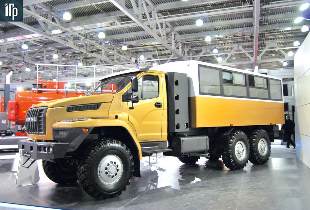 вахтовый автобус на базе «Урал NEXT»