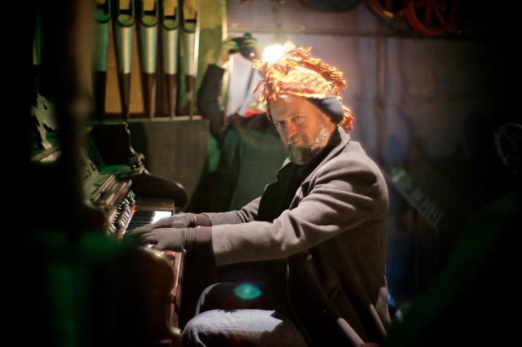 The organ grinder, Steampunk HQ, Oamaru