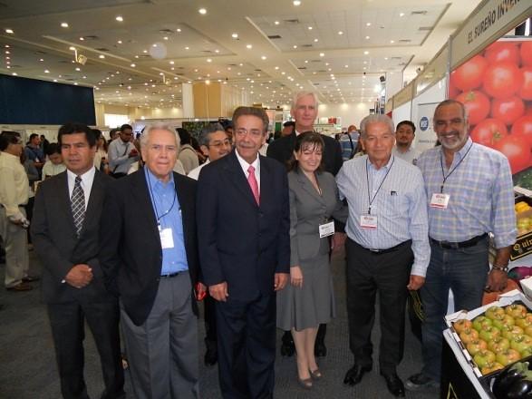 Facultad de Agronomía y Veterinaria de la UASLP presente en el Congreso Internacional del Tomate.
