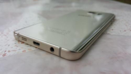 ขอบจอโค้งของ Samsung Galaxy Note 5