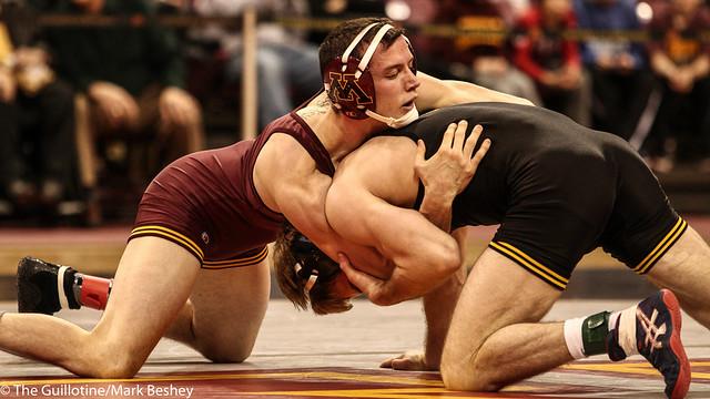 149: No. 4 Brandon Sorensen (Iowa) maj dec Brandon Kingsley (Minn), 13-2   Minn 0 – Iowa 4