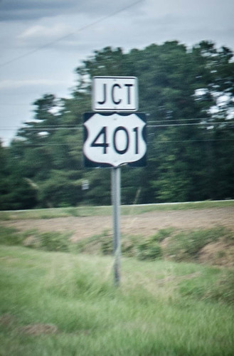 Highway 401 Sign