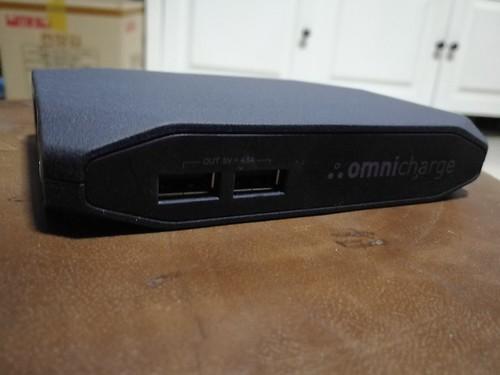 พอร์ต USB แบบ 5V จ่ายไฟรวมได้สูงสุด 4.8A