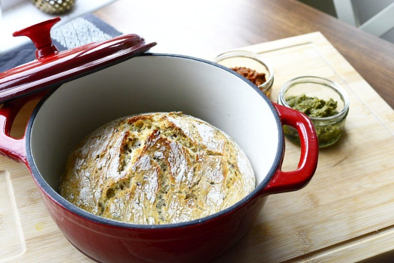 no-kned-dutch-oven-bread