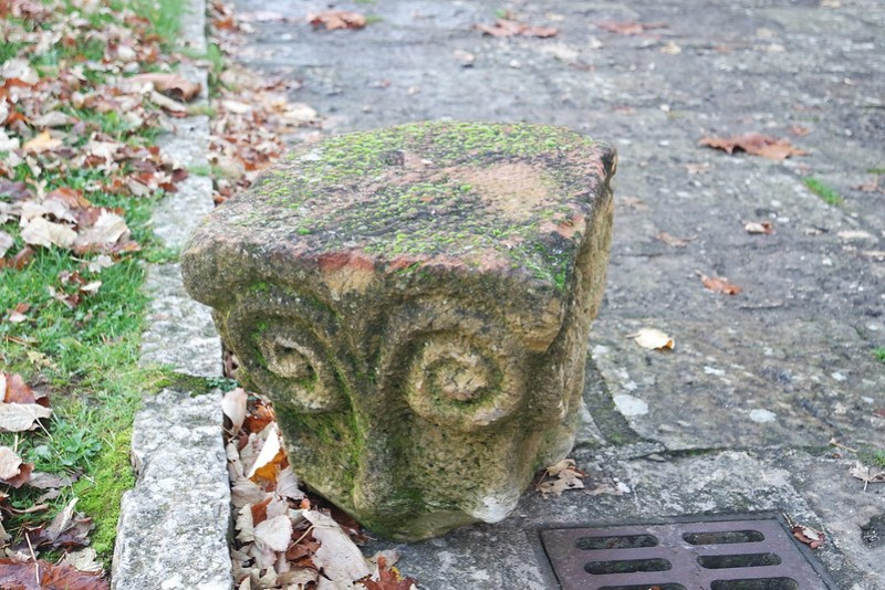 Único capitel que se conserva del claustro románico