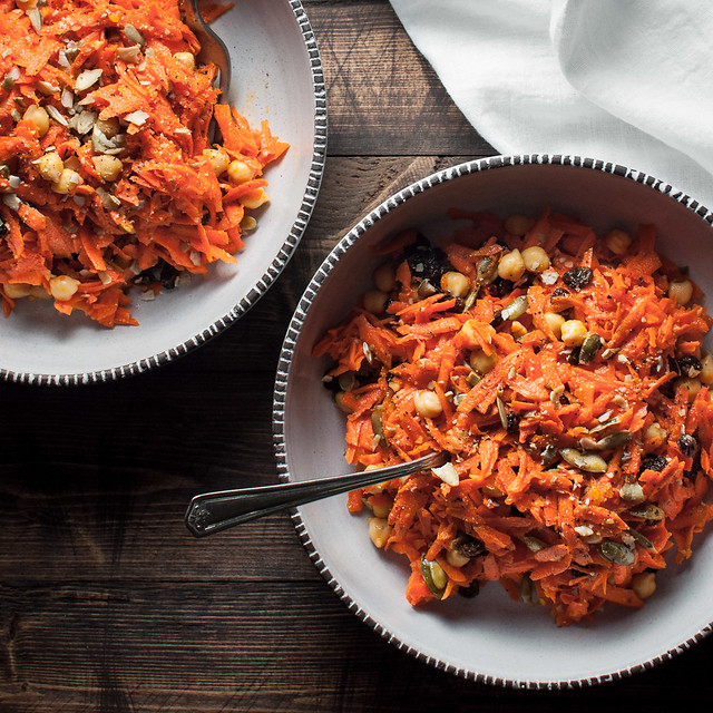 Fall carrot salad with almost all pantry staple ingredients! Perfect for a healthy Halloween.