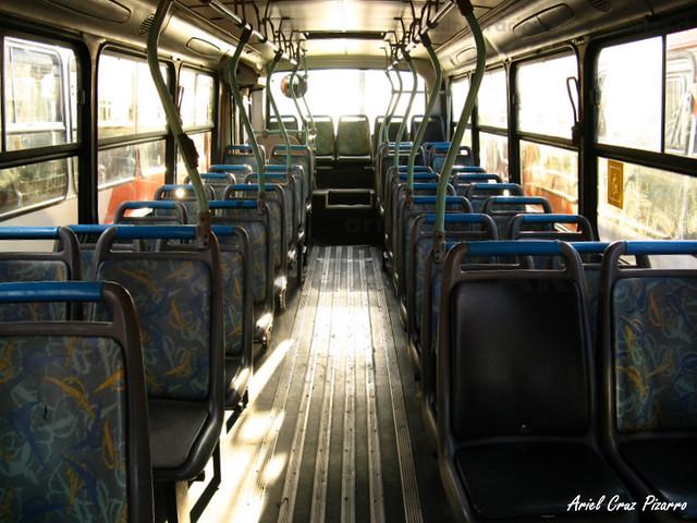 Transantiago - Redbus Urbano - Comil Svelto / Mercedes Benz (UF7702)