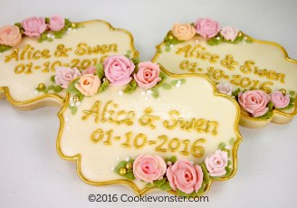 Rose plaque celebration cookie