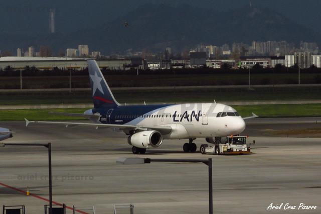 LAN Airlines - Santiago (SCL) - Airbus A319 CC-COU
