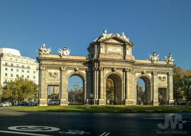 Puerta de Alcalá al atardecer (29/11/2015)