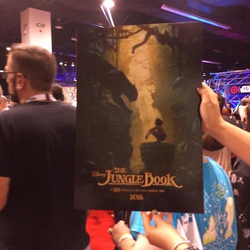 ポスターもらった!ジョン・ファブローのジャングルブック、予告見た限りファンは安心していい。超分かってる絵作りだった。