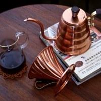 【手沖咖啡器具推薦】HARIO V60 銅製濾杯、雲朵細口手沖壺開箱示範,Eddie's Cafe 的手沖咖啡小撇步一次教給你!