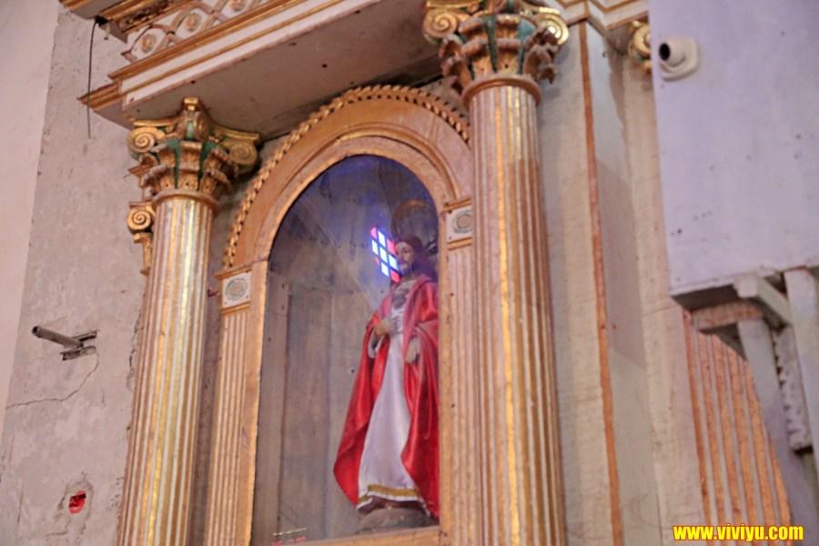 [薄荷島·旅遊]觀光景點~充滿歷史的巴卡容教堂、超萌的眼鏡猴、近在眼前的巧克力山 @VIVIYU小世界