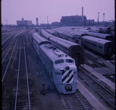 BN 9983 E9A Roosevelt Rd, Chicago