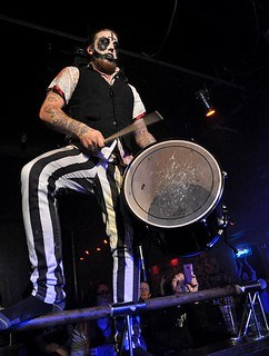 Ringmaster Monty Blitzfist of Evil Scarecrow at Limelight 2, Belfast, 14 November 2015