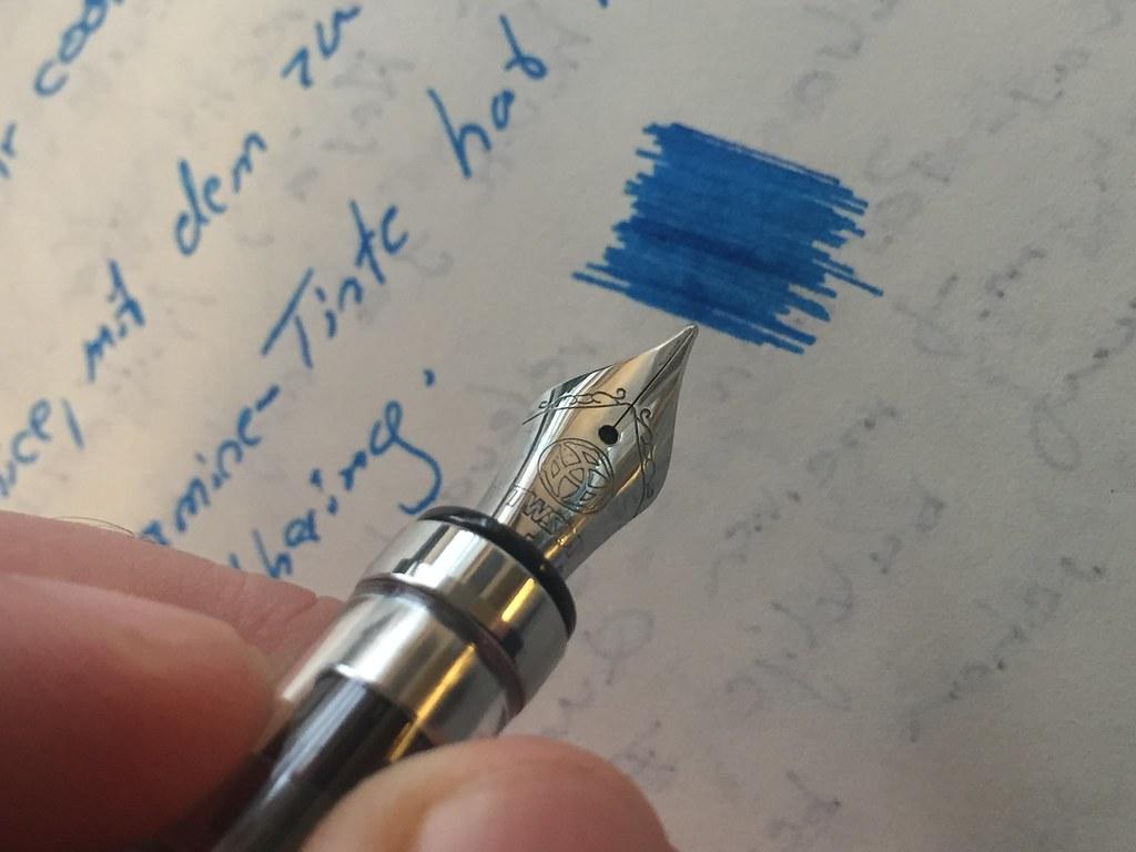 TWSBI Diamond 580 clear (Piston Filling Fountain Pen)