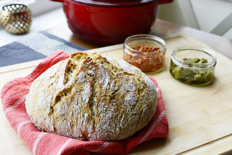 no-knead-dutch-oven-bread-2