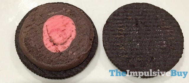Limited Edition Chocolate Strawberry Oreo Cookies 3