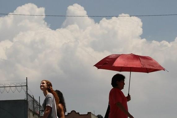 Reportan mala calidad del aire y radiación solar muy alta en el Valle de México
