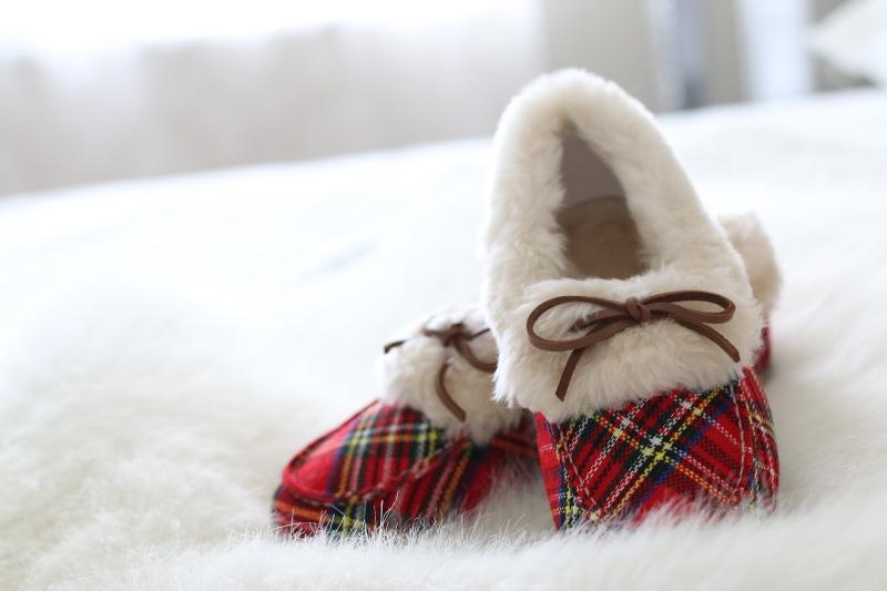 Vionic-Shoes-plaid-slippers-7