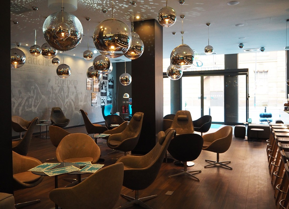motel-one-lounge-area-manchester