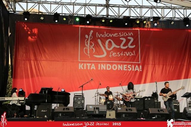 Indonesian Jazz Festival 2015 - Hemiola (1)