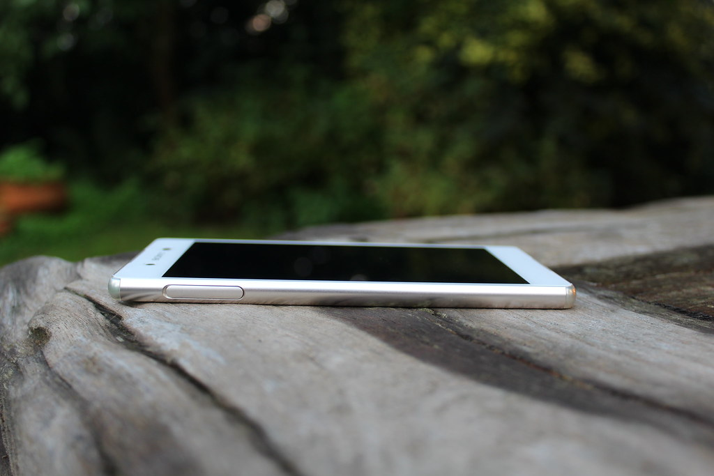 De Sony XPeria Z3 Plus is strak en stijlvol