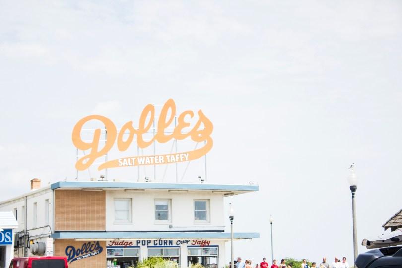 rehoboth-beach-boardwalk-delaware-dolles-salt-water-taffy