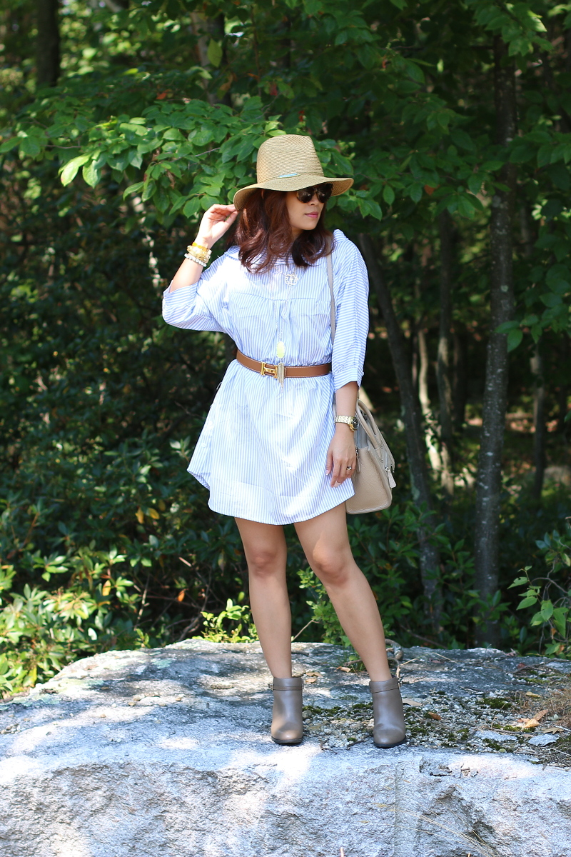Striped-dress-hermes-belt-vionic-shoes-boots-3