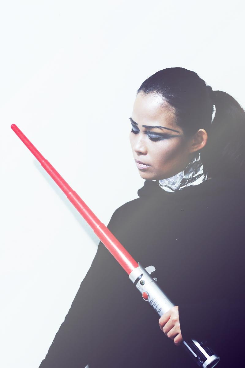 star-wars-chrome-captain-makeup-look-19