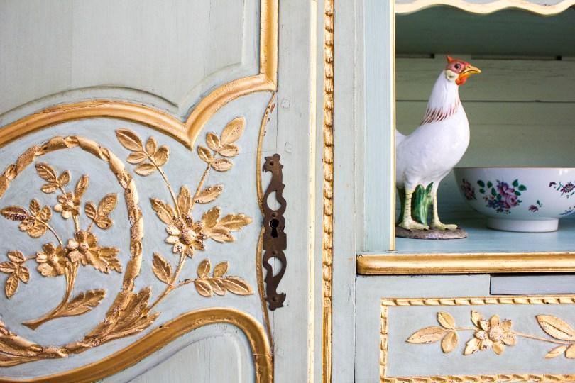 mt-cuba-gardens-delaware-mint-gold-chest