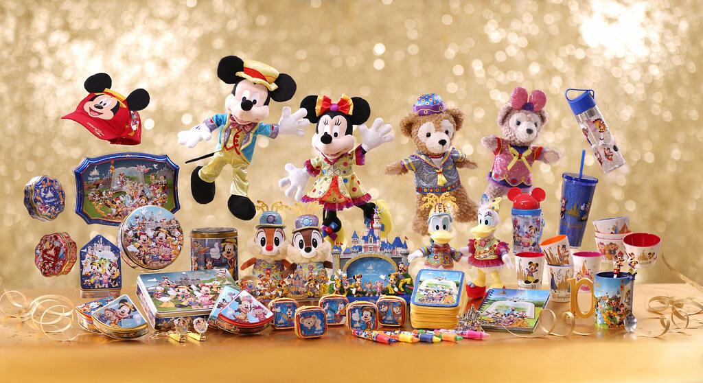 10th Merchandise_Group Photo