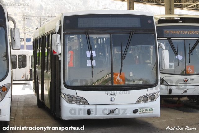 Transantiago - Subus Chile - Caio Mondego L / Volvo (ZJ1649) (7046)