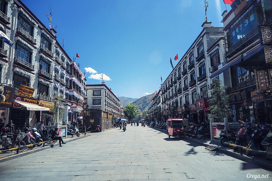 2015.12.09   Tibet 西藏踢北去   尋找藏人真正的拉薩中心,被信仰力量震撼的大昭寺與舊城區 03.jpg