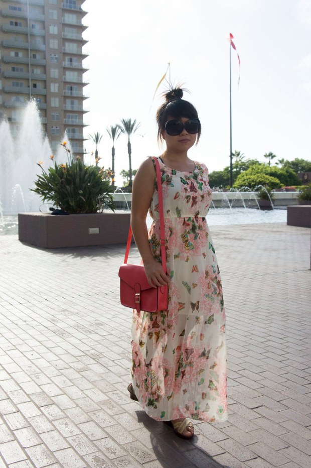 Maxi Dress with Watermelon Red Purse