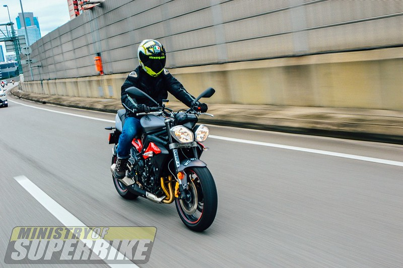 First Ride : Triumph Street Triple R