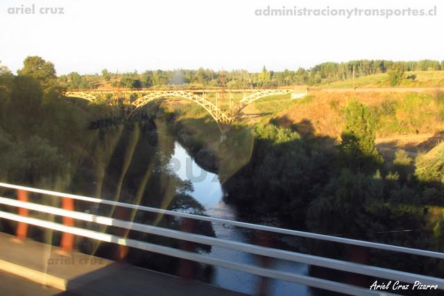 Puente Río Claro