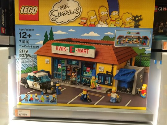 Kwik - E - Mart LEGO