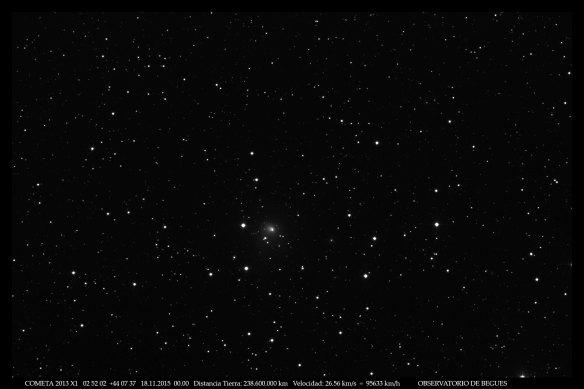 Cometa 2013 X1  18 11 2015