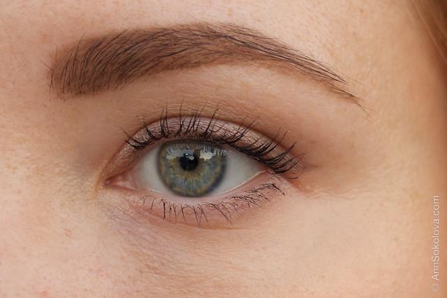 06 Lancome Ombre Hypnose Stylo Eyeshadow makeup