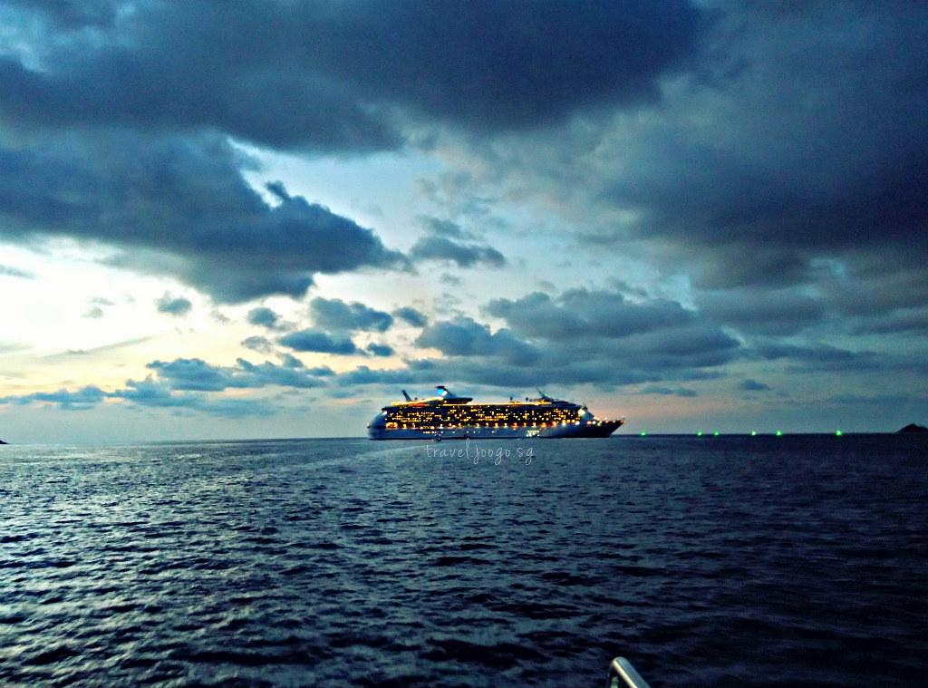 Mariner of the Seas 1 - travel.joogo.sg