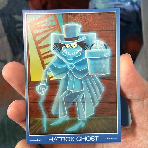 ハットボックスゴーストのサプライズなカード配布!